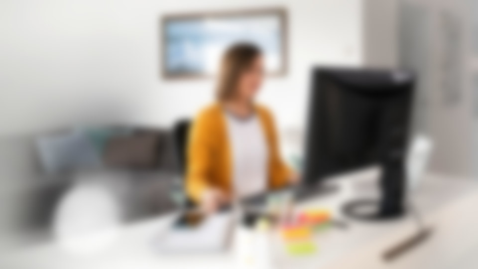 Monitors for your home workstation
