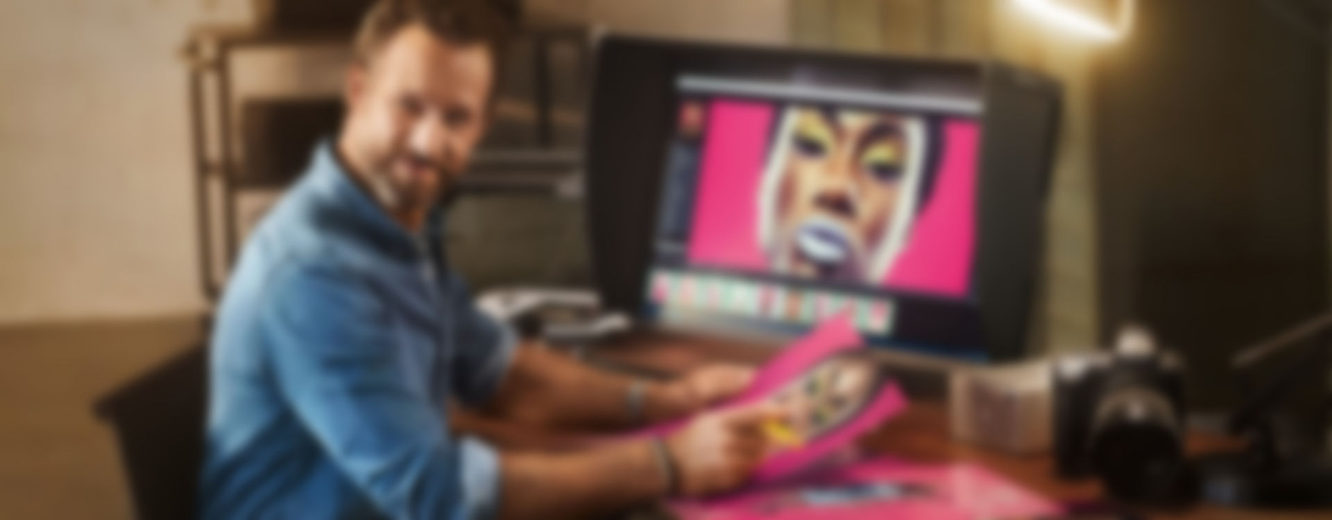 Graphic monitors for photography, image editing and retouching