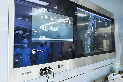Intuitive Operation with EIZO Caliop Software